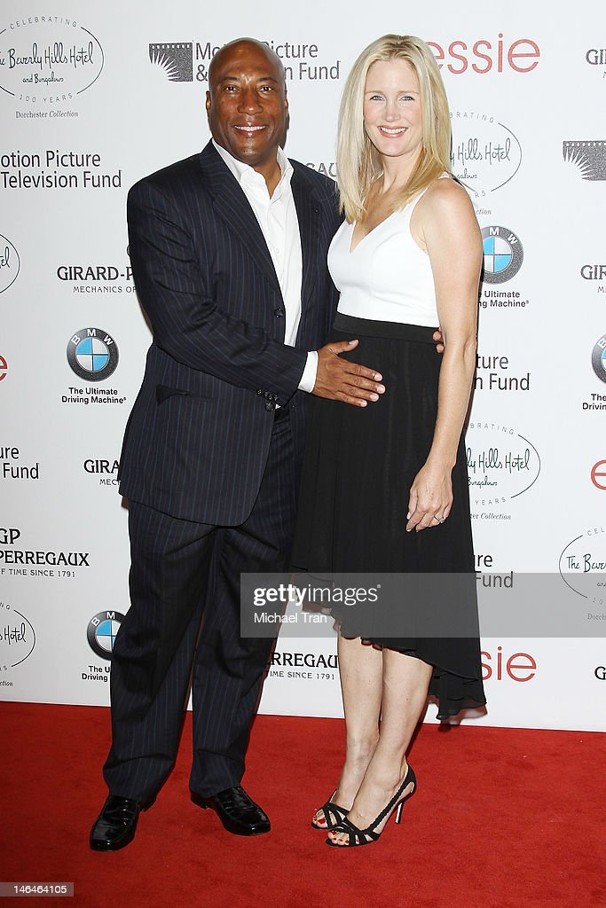 <a gi-track='captionPersonalityLinkClicked' href=/galleries/search?phrase=Byron+Allen+-+Comedian&family=editorial&specificpeople=691323 ng-click='$event.stopPropagation()'>Byron Allen</a> and wife, Jennifer Lucas (R) arrive at the Beverly Hills Hotel - 100th Anniversary Celebration held on June 16, 2012 in Beverly Hills, California.