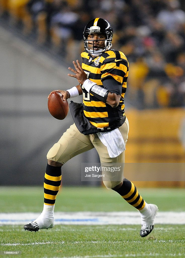 <a gi-track='captionPersonalityLinkClicked' href=/galleries/search?phrase=Byron+Leftwich+-+American+Football+Player&family=editorial&specificpeople=202124 ng-click='$event.stopPropagation()'>Byron Leftwich</a> #4 of the Pittsburgh Steelers looks downfield to pass during the game against the Baltimore Ravens on November 18, 2012 at Heinz Field in Pittsburgh, Pennsylvania.