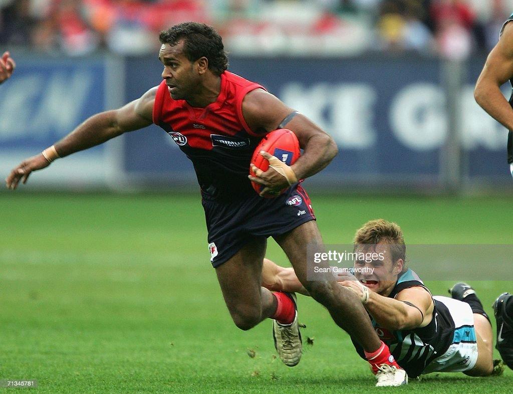 AFL Rd 13 - Melbourne v Port Adelaide