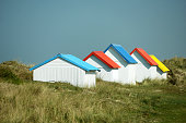 cabines de plages normandes couleurs toits
