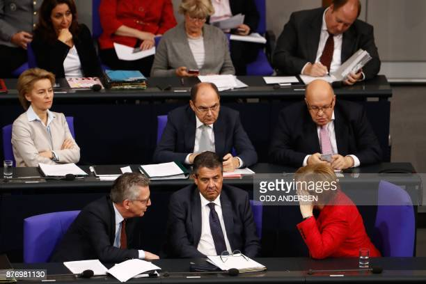 Cabinet members sit on the government's bench and attend a session at the Bundestag on November 21 2017 in Berlin German Interior Minister Thomas de...