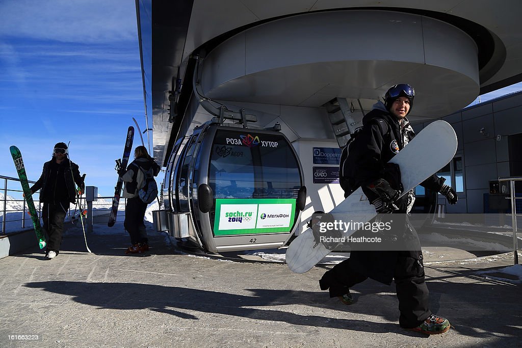 Cable cars arrive at the peak of the Rosa Khutor Alpine Ski Resort in Krasnaya Polyana on February 14, 2013 in Sochi, Russia. Sochi is preparing for the 2014 Winter Olympics with test events across the venues.
