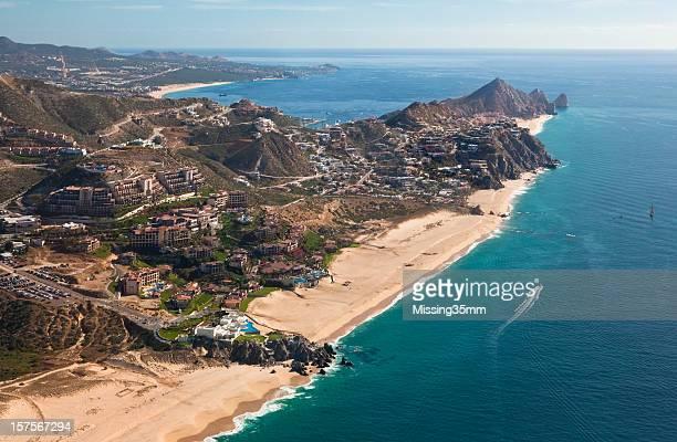 Vista aérea de Cabo San Lucas lado del Pacífico