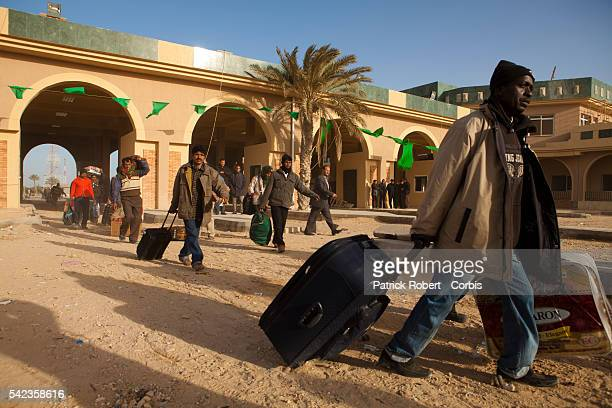 CAbout 70000 refugees had entered Tunisia since the uprising began in Libya and only an estimated 20 percent had been repatriated the UNHCR...