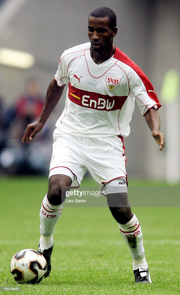 Cacau of Stuttgart runs with the ball during the Premiere Liga Cup Match between Hertha BSC Berlin and VFB Stuttgart at the LTU Arena on July 23 2005...