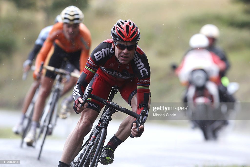 Cadel Evans of Australia and BMC Racing Team descends from the Col du Manse in front of Samuel Sanchez of Spain and team EuskaltelEuskadi during...