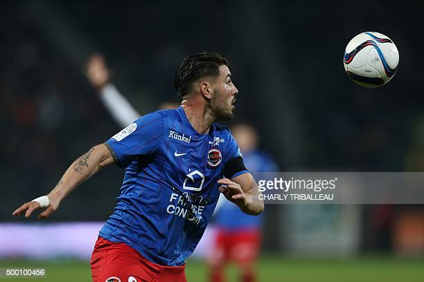 Caen's French forward Andy Delort controls the ball during the French L1 football match between Caen and Lille on December 5 at the Michel d'Ornano...
