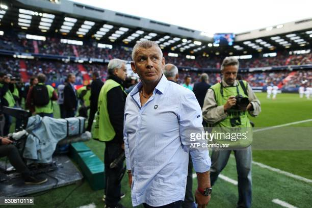 Caen's French head coach Patrice Garande looks on prior to the French L1 football match between Caen and SaintEtienne on August 12 at the Michel...
