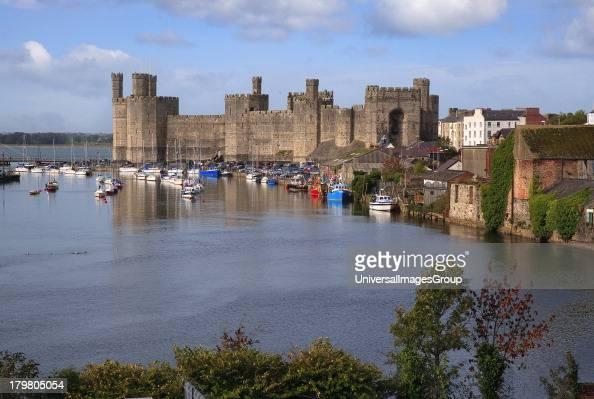 Caernarfon United Kingdom  city pictures gallery : Caernarfon Castle Gwynedd North Wales United Kingdom