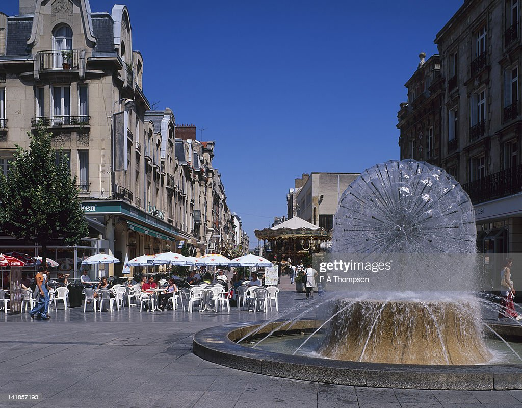 Cafe, Place D Erlon, Reims, Marne, France