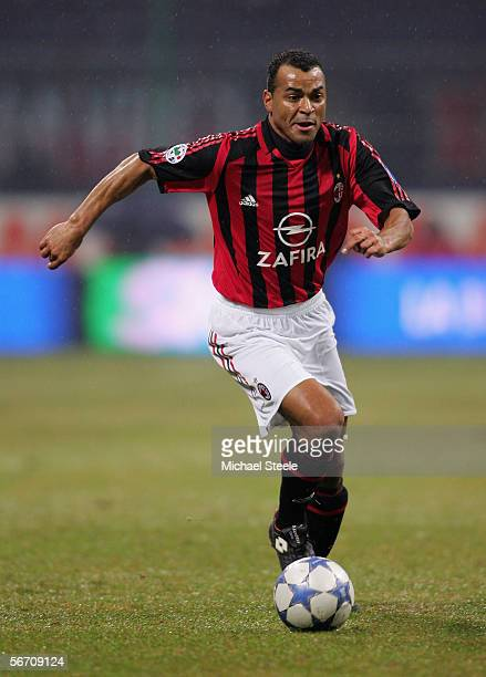 Cafu of AC Milan during the Serie A match between AC Milan and Sampdoria at the Stadio San Siro on January 28 2006 in Milan Italy