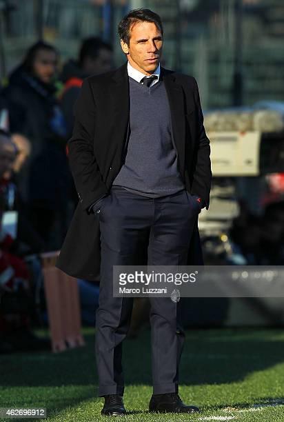 Cagliari Calcio manager Gianfranco Zola watches the action during the Serie A match between Atalanta BC and Cagliari Calcio at Stadio Atleti Azzurri...