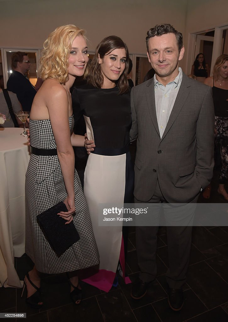 Caitlin fitzgerald and lizzy caplan masters of sex 2014 7