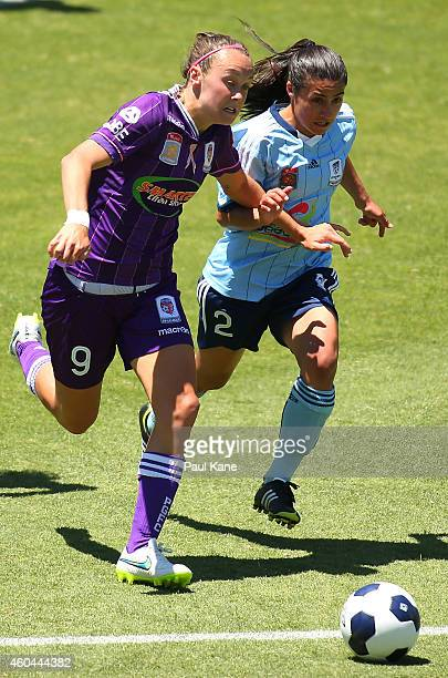 Caitlin Foord of the Glory and Teresa Polias of Sydney contest for the ball during the WLeague semi final match between Perth Glory and Sydney FC at...