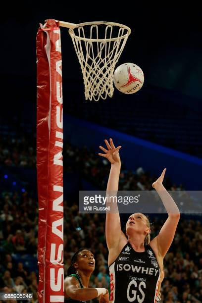Caitlin Thwaites of the Magpies scores a goal during the round 13 Super Netball match between the Fever and the Magpies at Perth Arena on May 20 2017...