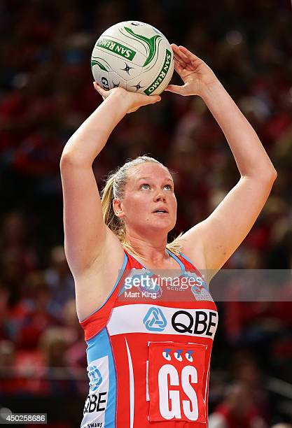 Caitlin Thwaites of the Swifts shoots during the ANZ Championship Minor Semi Final match between the Sydney Swifts and the Waikato Bay of Plenty...