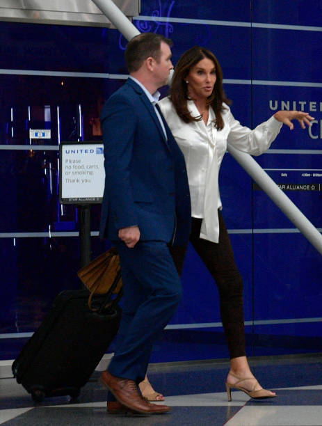 Celebrity Sightings on United Airlines [2018] - Page 10 ...