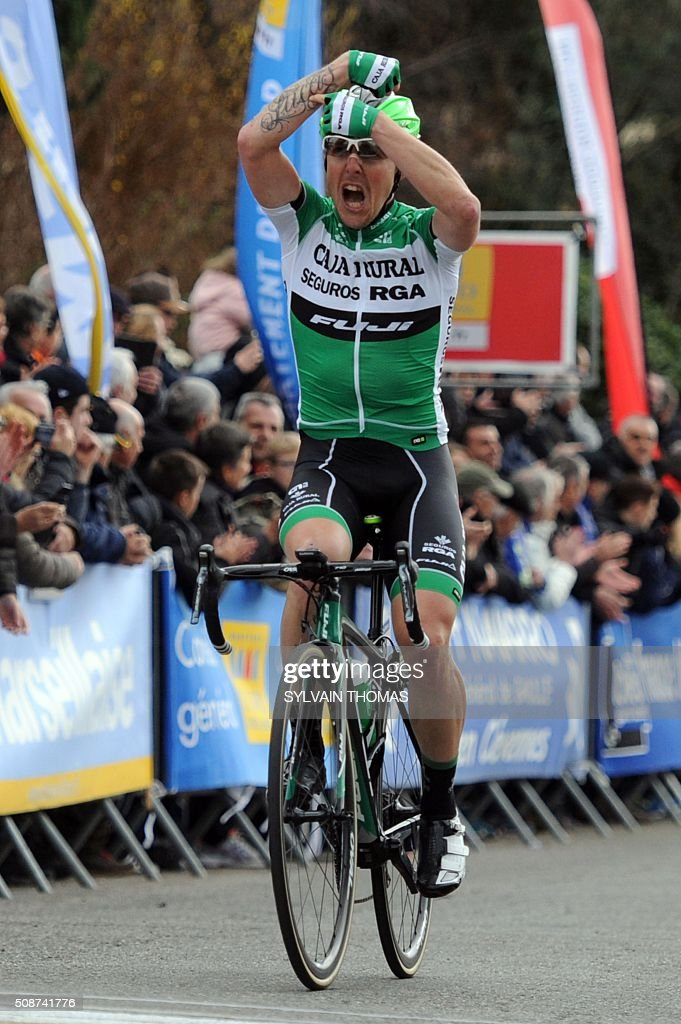 Caja Rural team's Spanish cyclist Angel Madrazo celebrates as he crosses the finish line to win the third stage betwin Tavel and Laudun-L'Ardoise during the 46th edition of the Etoile de Besseges cycling race on February 6, 2016 in Laudun-l'Ardoise, southern France. / AFP / SYLVAIN THOMAS