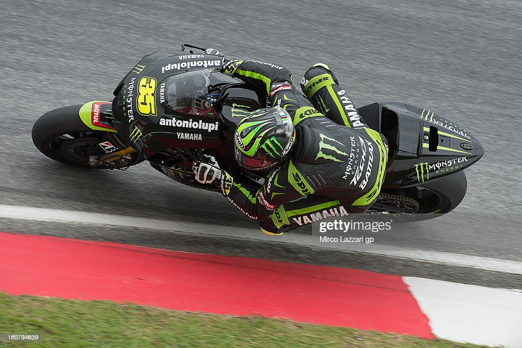 <a gi-track='captionPersonalityLinkClicked' href=/galleries/search?phrase=Cal+Crutchlow&family=editorial&specificpeople=4261131 ng-click='$event.stopPropagation()'>Cal Crutchlow</a> of Great Britain and Monster Yamaha Tech 3 rounds the bend during the MotoGP Tests in Sepang - Day Four at Sepang Circuit on February 6, 2013 in Kuala Lumpur, Malaysia.