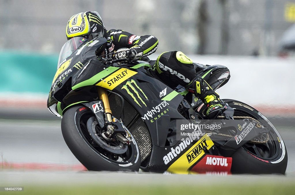 <a gi-track='captionPersonalityLinkClicked' href=/galleries/search?phrase=Cal+Crutchlow&family=editorial&specificpeople=4261131 ng-click='$event.stopPropagation()'>Cal Crutchlow</a> of Great Britain and Monster Yamaha Tech 3 rounds the bend during the MotoGP Of Malaysia - Free Practice at Sepang Circuit on October 11, 2013 in Kuala Lumpur, Malaysia.