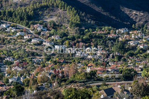 Calabasas en californie la r sidence flanc de colline hautdegamme photo thinkstock - Maison hillside gipsy a berkeley en californie ...