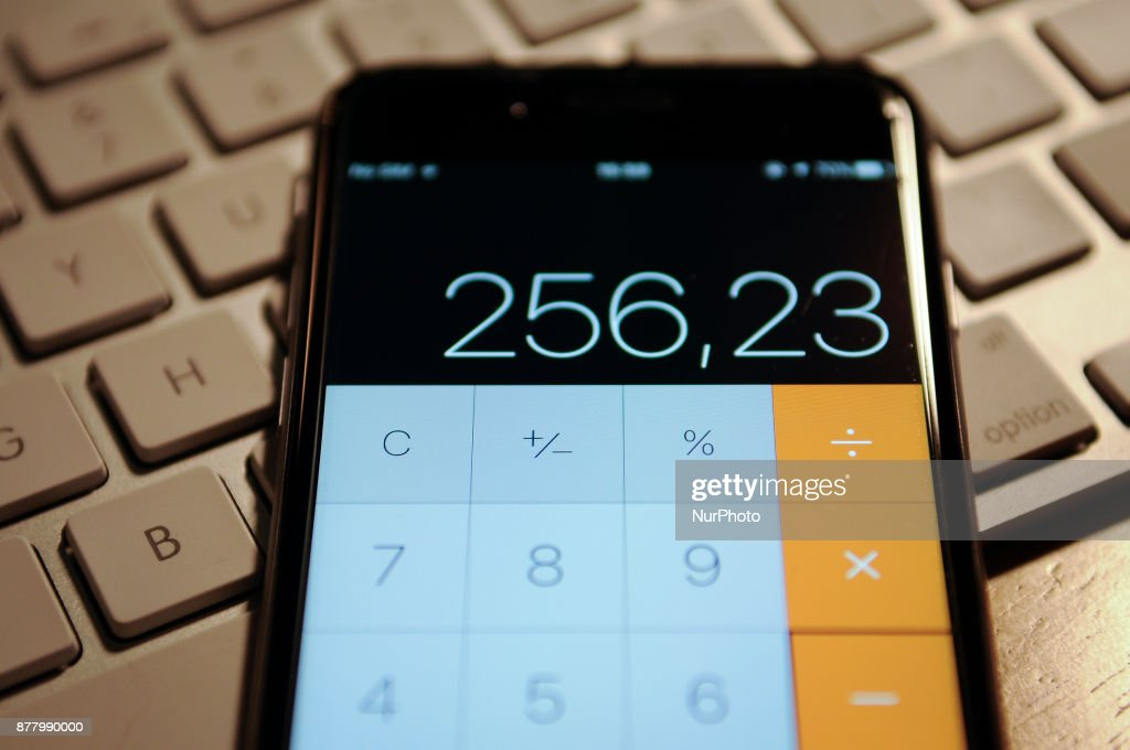 holiday spending calculator