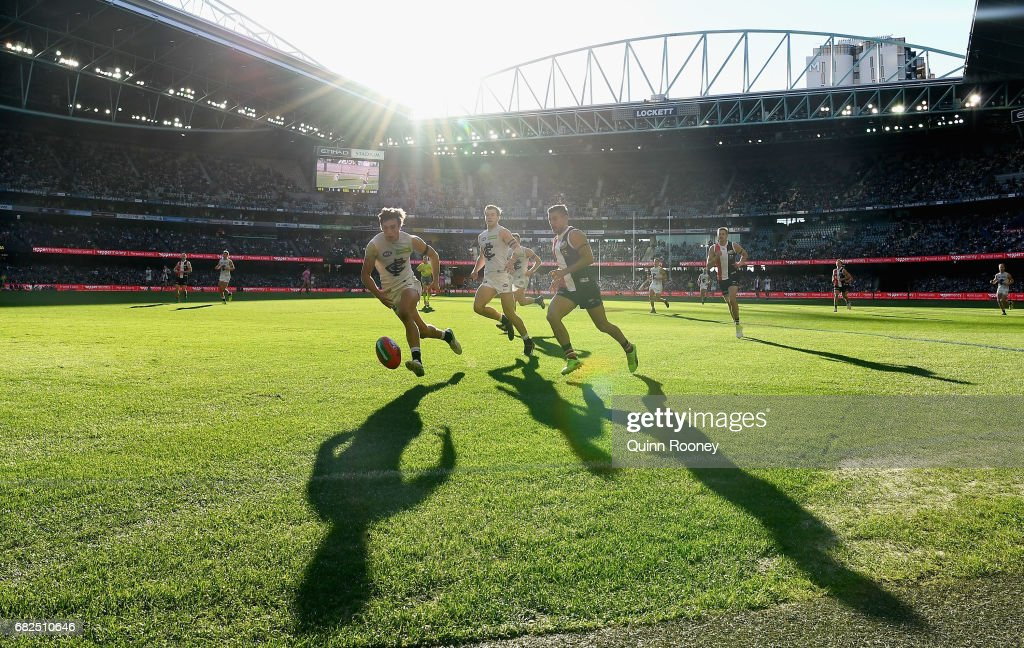 Caleb Marchbank of the Bluesand Darren Minchington of the Saints compete for the ball during the round eight AFL match between the St Kilda Saints and the Carlton Blues at Etihad Stadium on May 13, 2017 in Melbourne, Australia.