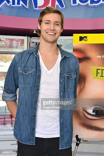 Caleb Ruminer attends MTV's 'Finding Carter' fan event and to celebrate the twins Carter and Taylor's birthday at BaskinRobbins on August 12 2014 in...