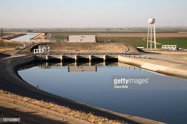 California aqueduct and water tower