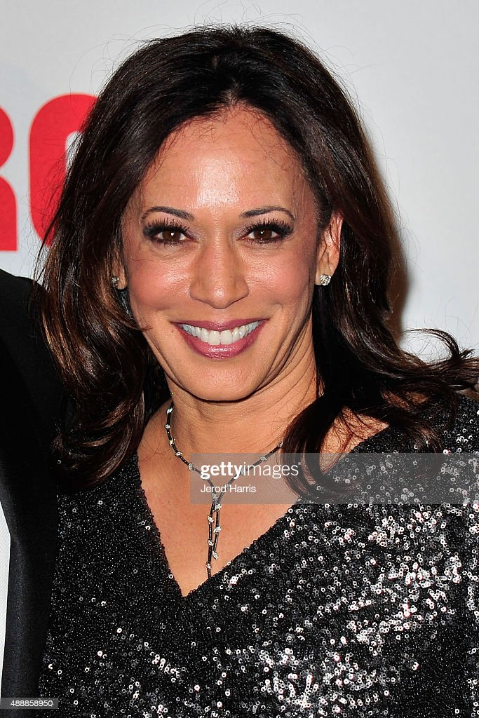 California Attorney General Kamala Harris attends The Broad Museum Black Tie Inaugural Dinner at The Broad on September 17, 2015 in Los Angeles, California.
