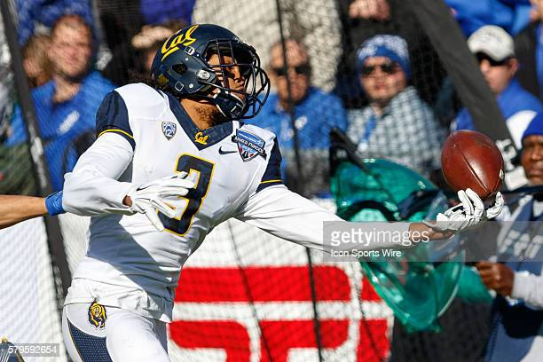 California Golden Bears wide receiver Maurice Harris makes a fingertip catch during the Lockheed Martin Armed Forces Bowl between the California...