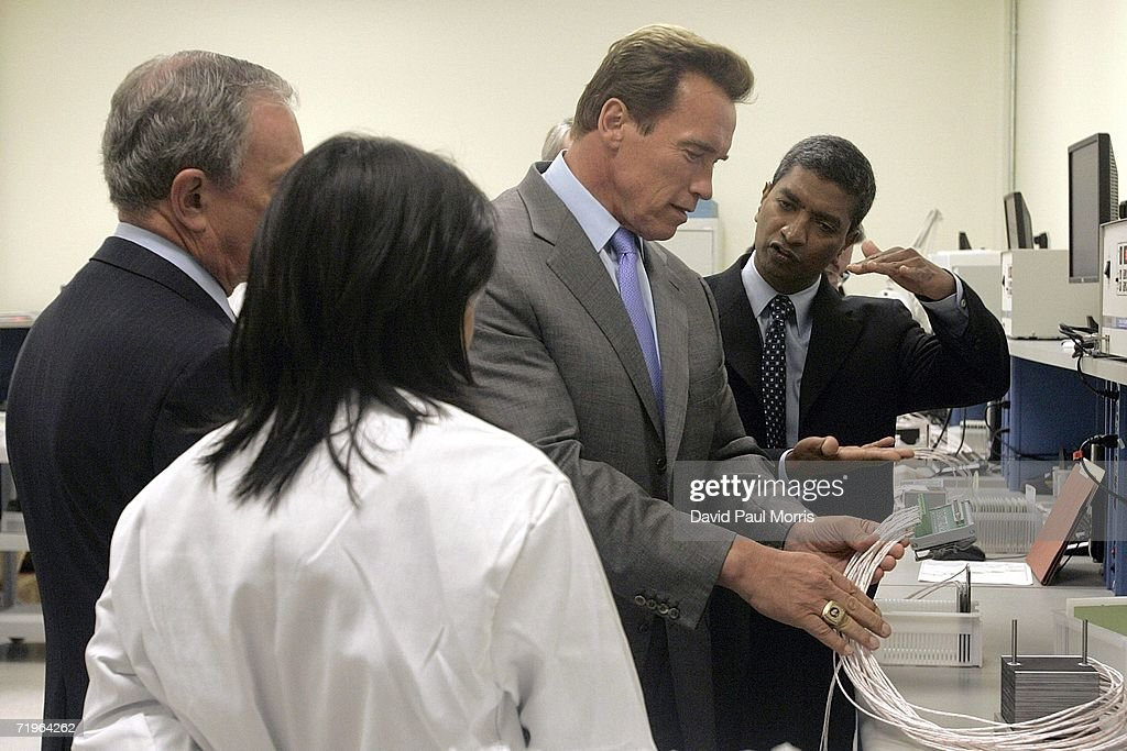 California Gov Arnold Schwarzenegger and New York City Mayor Michael Bloomberg get a tour from Bloom Energy founder Dr KR Sridhar of the company's...