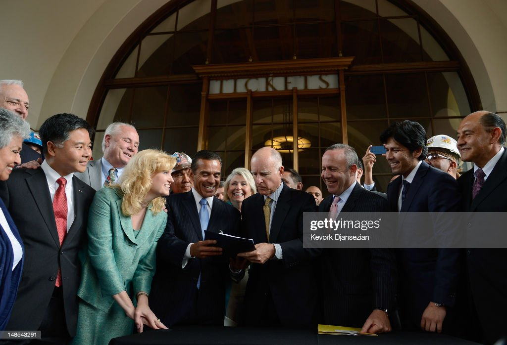 California Gov Jerry Brown signs a legislation authorizing initial construction of California's $68 billion highspeed rail line with Los Angeles...