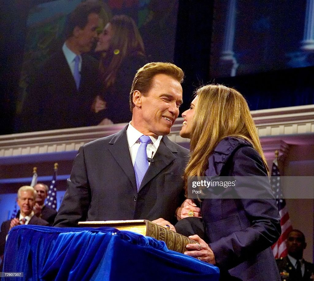 California governor Arnold Schwarzenegger and his wife Maria Shriver kiss after he was sworn in for second term on January 5, 2007 in Sacramento, California. Schwarzenegger will begin his second term as governor of California after a landslide victory over democratic challenger Phil Angelides in November of last year.