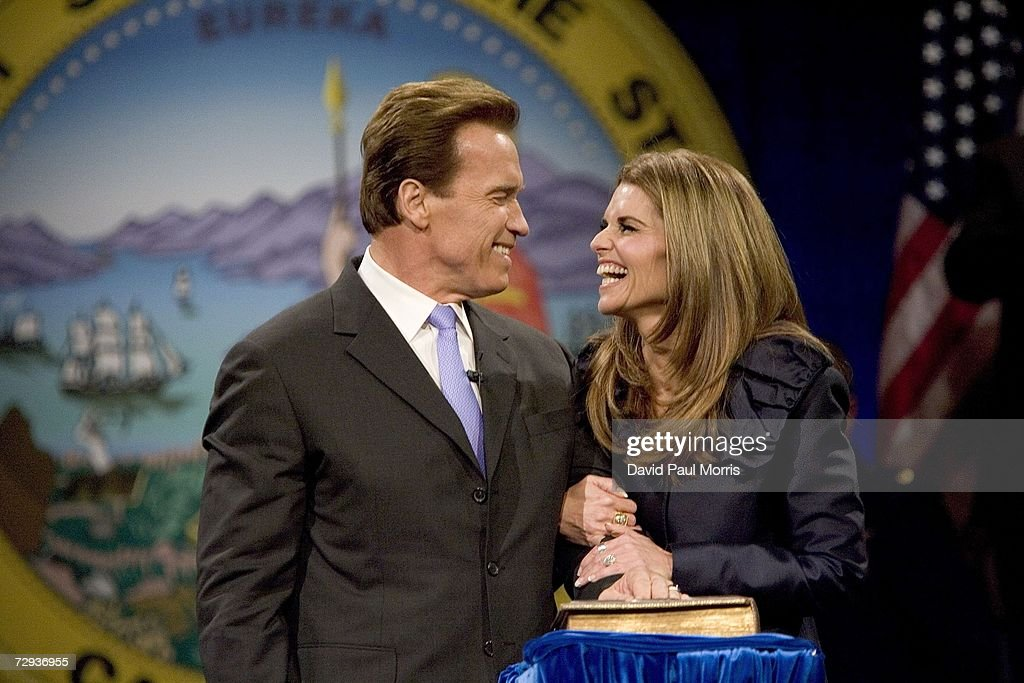 California Governor <a gi-track='captionPersonalityLinkClicked' href=/galleries/search?phrase=Arnold+Schwarzenegger&family=editorial&specificpeople=156406 ng-click='$event.stopPropagation()'>Arnold Schwarzenegger</a> smiles at his wife Maria Shriver after being sworn into office for a second term as Governor on January 5, 2007 in Sacramento, California. Schwarzenegger will begin his second term as governor of California after a landslide victory over democratic challenger Phil Angelides in November of last year.