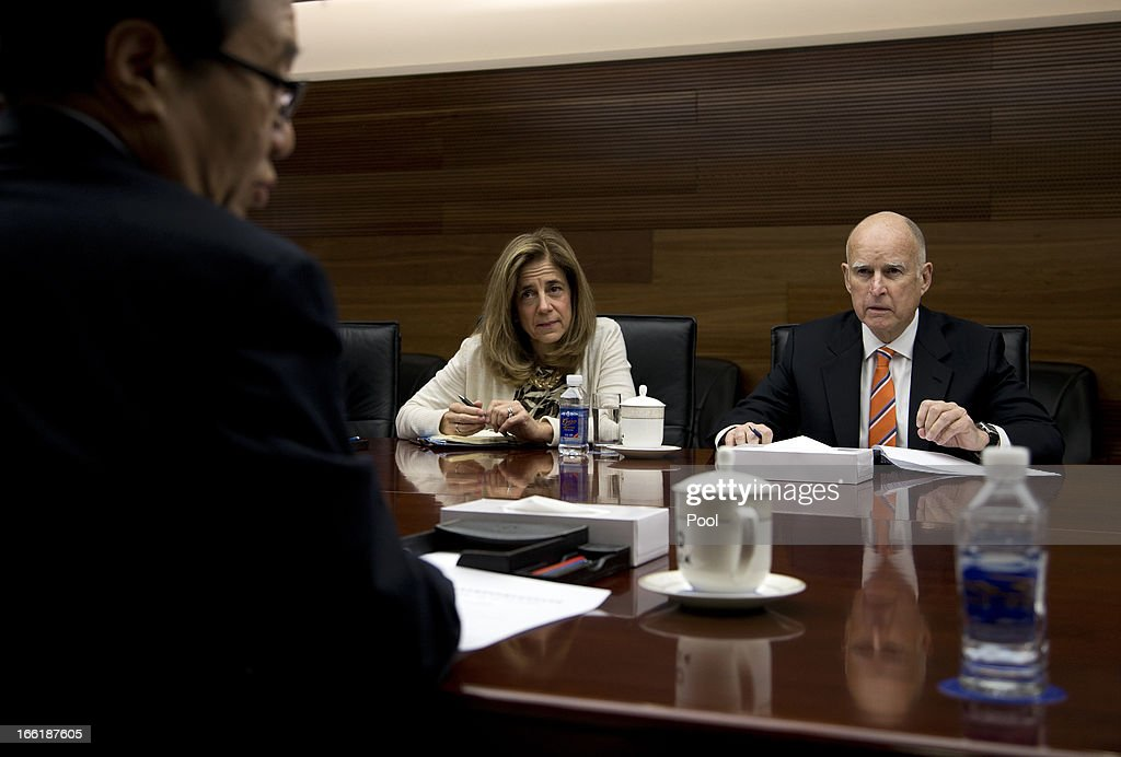 California Governor <a gi-track='captionPersonalityLinkClicked' href=/galleries/search?phrase=Jerry+Brown&family=editorial&specificpeople=217599 ng-click='$event.stopPropagation()'>Jerry Brown</a> (R) and his wife Anne Brown meet with China Minister of Commerce Gao Hucheng at the Ministry of Commerce on April 10, 2013 in Beijing, China. Brown is in China in an effort to secure Chinese investment in his state of California.