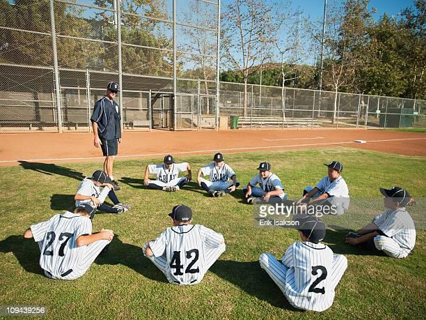 USA, California, Ladera Ranch, Coach training boys (10-11) from little league