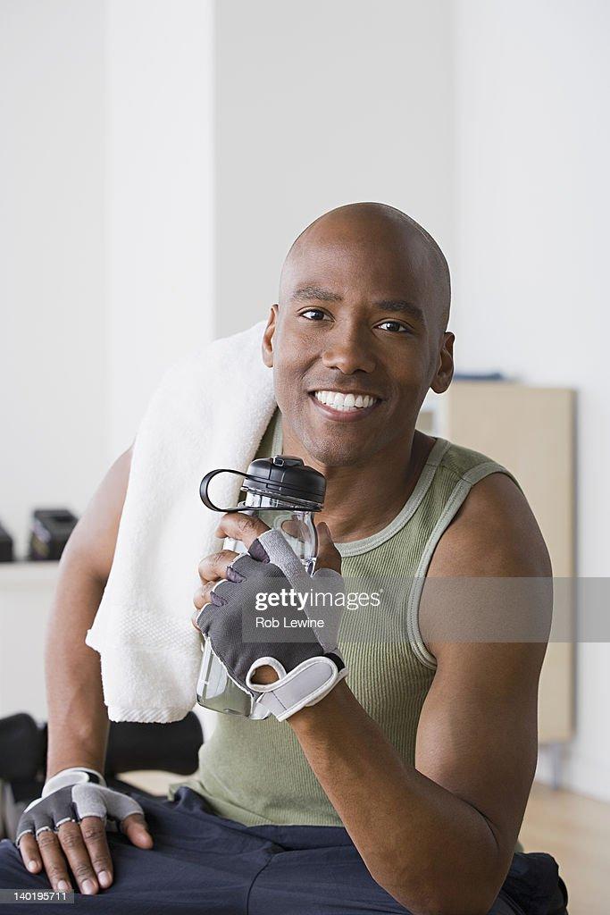 USA, California, Los Angeles, Portrait of male athlete