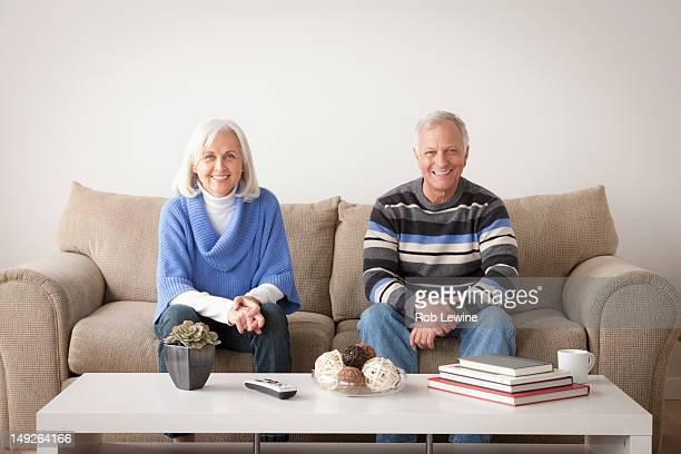 USA, California, Los Angeles, Portrait of smiling senior couple