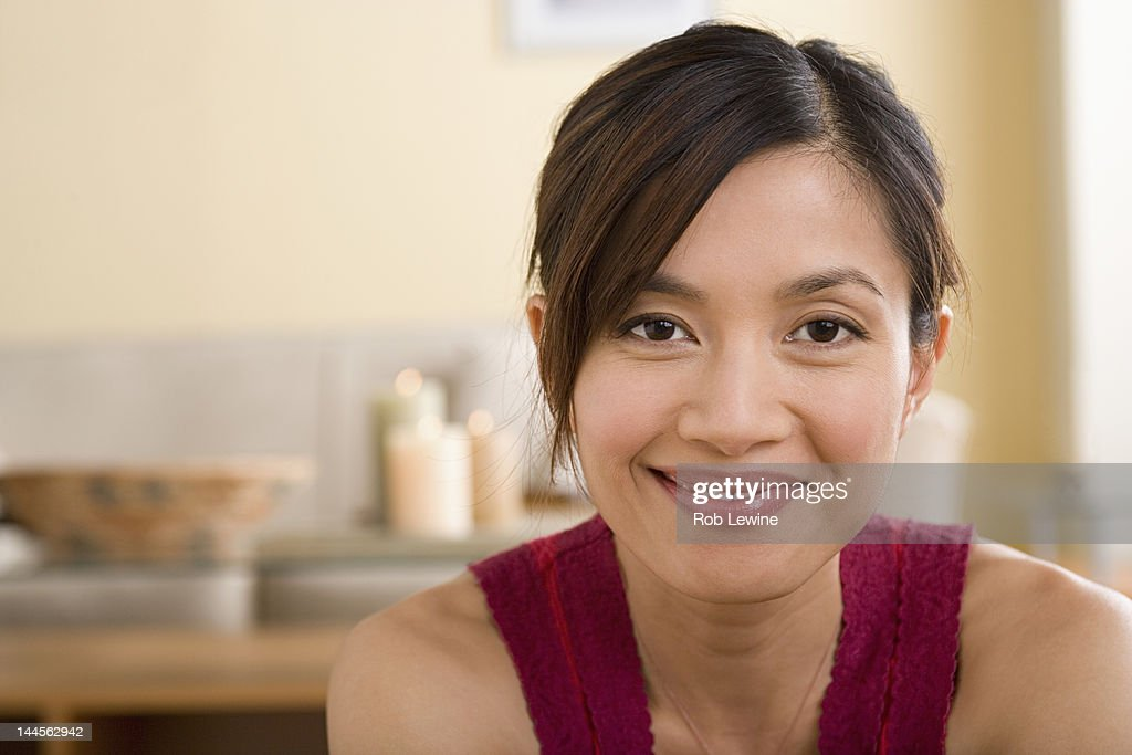 USA, California, Los Angeles, Portrait of woman smiling