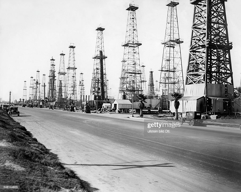Huntington beach california stock photos and pictures getty images - Oil Derricks In Huntington Beach Around 1930 Vintage Property Of Ullstein Bild