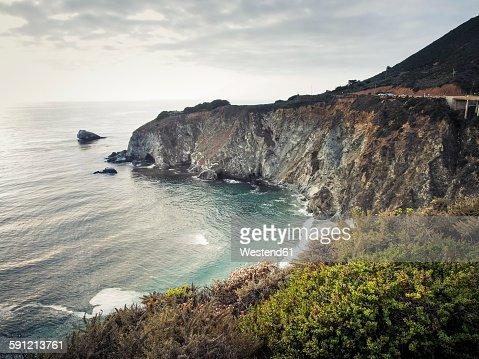 USA, California, Pacific Coast, National Scenic Byway, Big Sur, ragged coastline