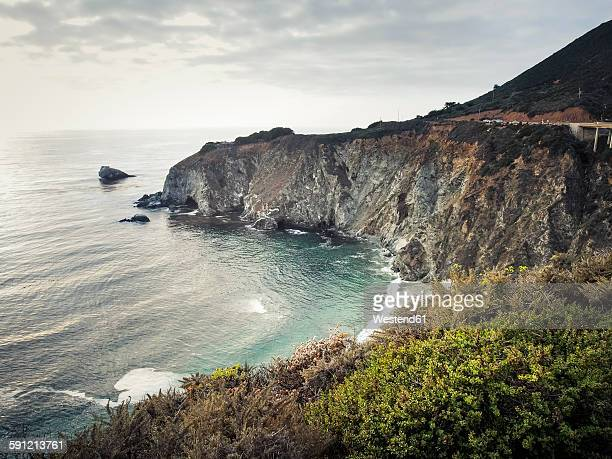 USA, California, Pacific Coast, National Scenic Byway, Big Sur, ragged coastline
