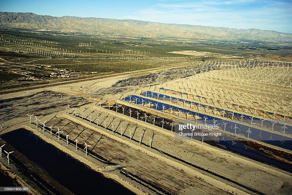 USA, California, Palm Springs, wind farm in the Coachella Valley : Stock Photo