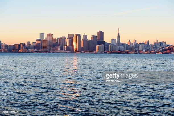 USA, California, San Francisco, skyline in morning light