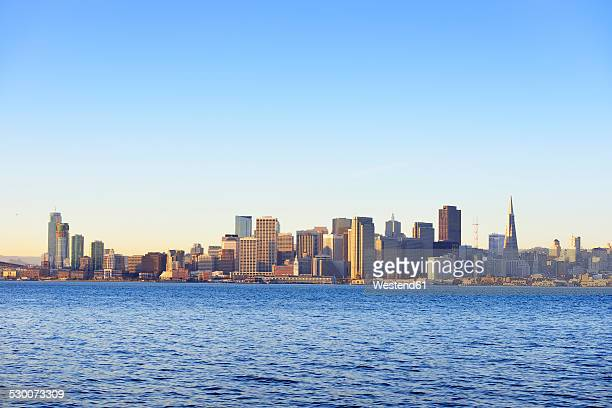 USA, California, San Francisco, skyline of Financial District in morning light