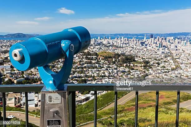 USA, California, San Francisco, Viewpoint Twin Peaks, Telescope
