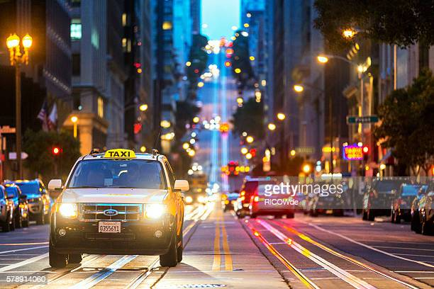 USA, California, San Francisco, yellow cab on California Street