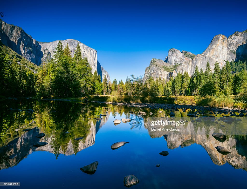 Usa California Valley View At Yosemite National Park With