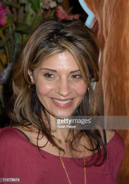 Callie Thorne during Twentieth Century Fox and NBA Cares New York Screening of 'Ice Age The Meltdown' Inside Arrivals at Ziegfeld Theater in New York...